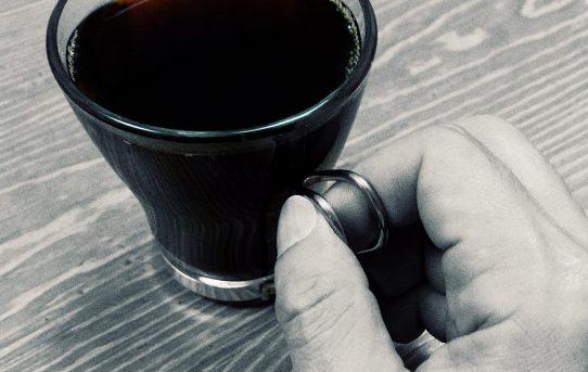 一杯のコーヒーで